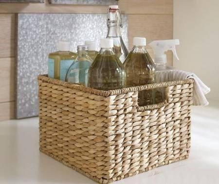 Плетеные корзины для хранения вещей можно делать самим - смотрите дальше.  Плетение круглого дна.