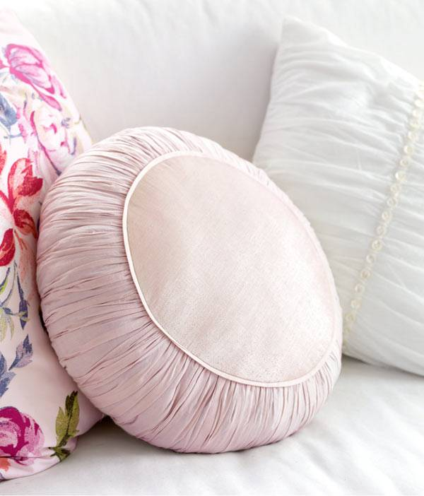 фото красивые декоративные подушки