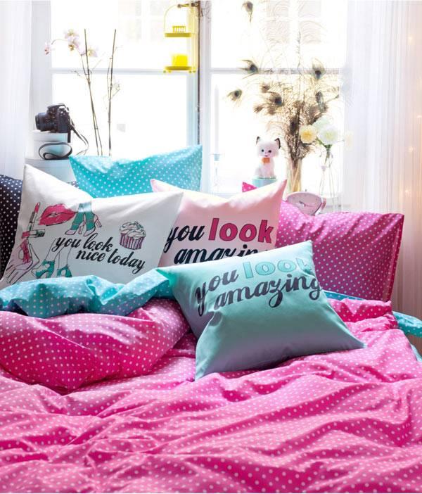 интерьере в яркие фото подушки