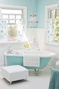 интерьер ванной комнаты, ванная комната в голубых тонах, нежные оттенки в ванной комнате, дизайн ванной комнаты, красивые интерьеры