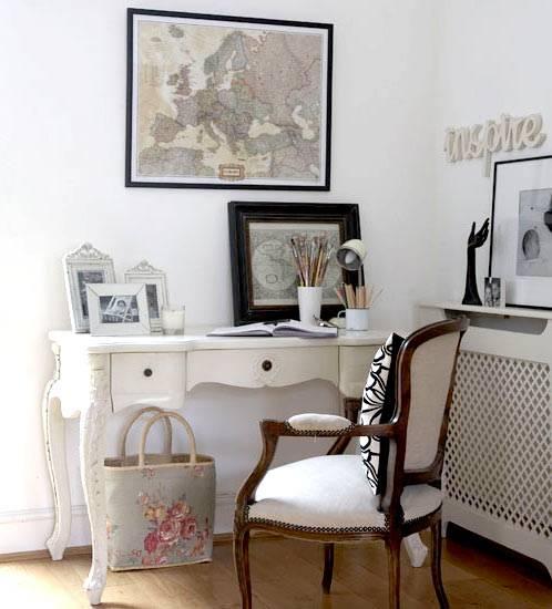 Французский стиль в интерьере домашнего офиса.