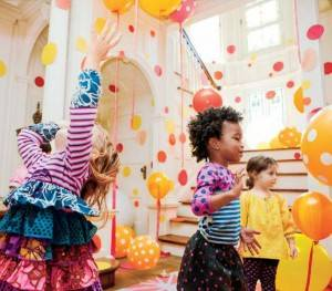 Детская комната в горошек