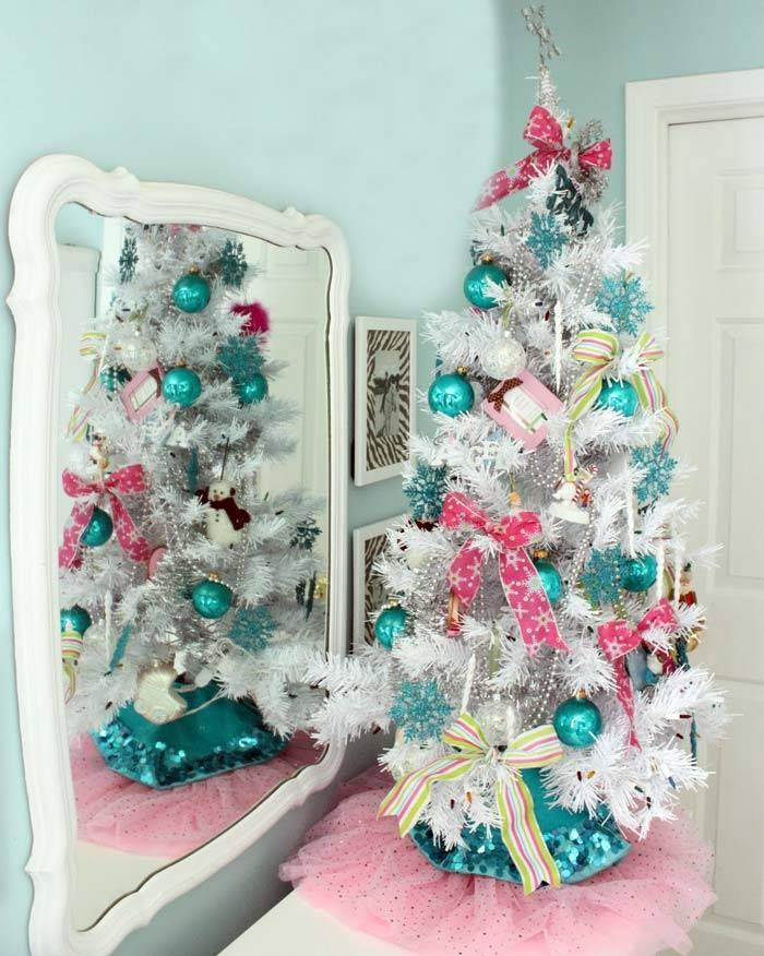голубой новогодний декор