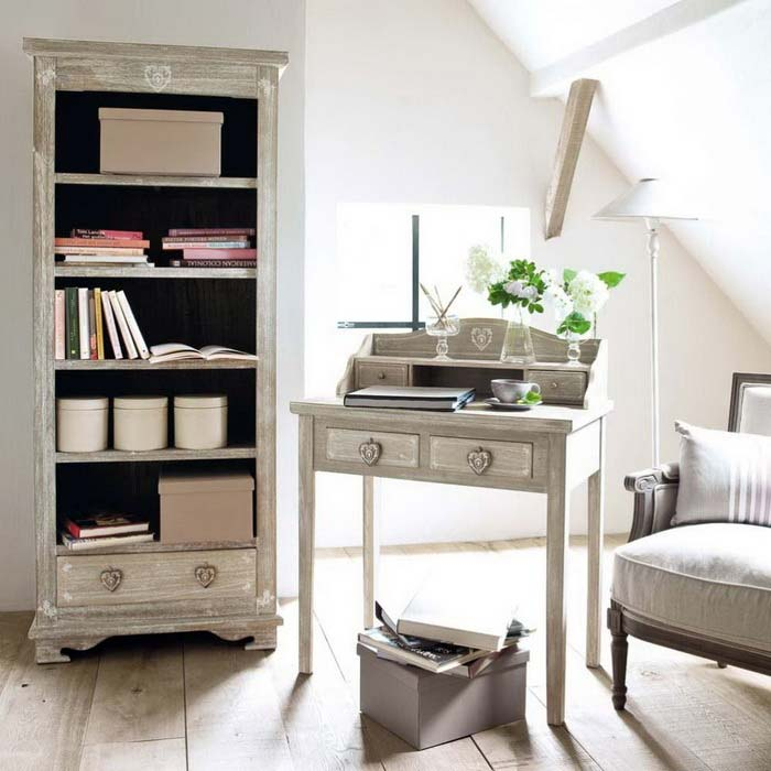 сердечки как элементы декора мебели