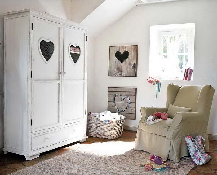 сердечки на мебели фото