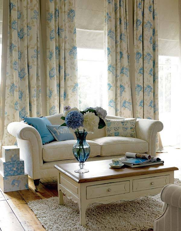 Laura ashley for Peaceful living room ideas