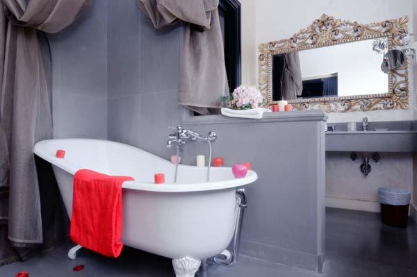 ванна на ножках фото