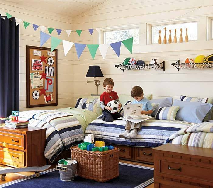 компактное хранение игрушек в детской комнате