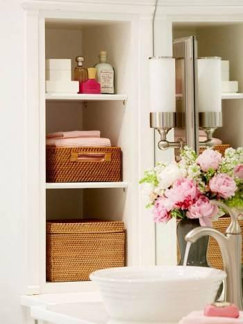 Простые решения хранения вещей в ванной комнате