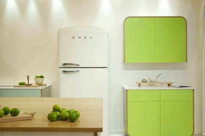 ретро-холодильник SMEG в интерьере