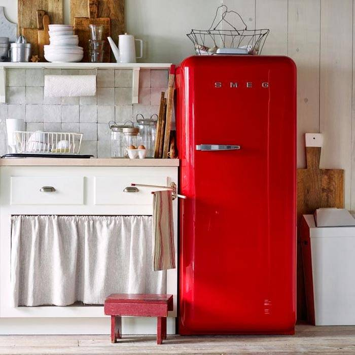 яркий холодильник фото