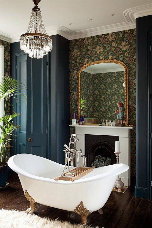 ванная комната с камина