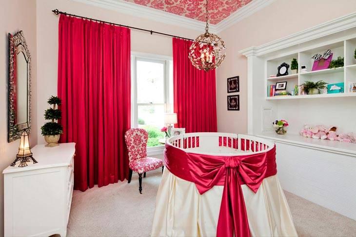 красный в детской комнате