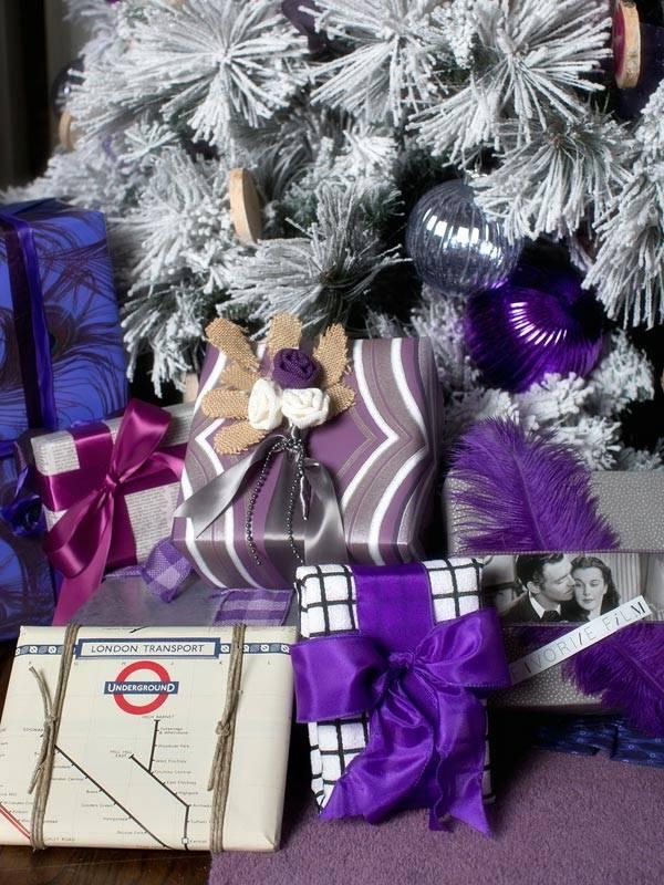 фиолетовый новогодний интерьер
