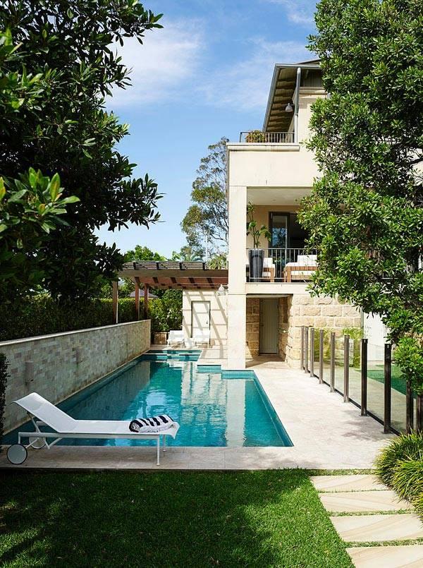 дизайн дома с террасой и бассейном
