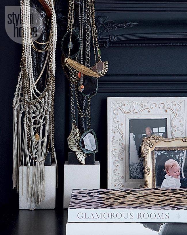 красивая черная спальня