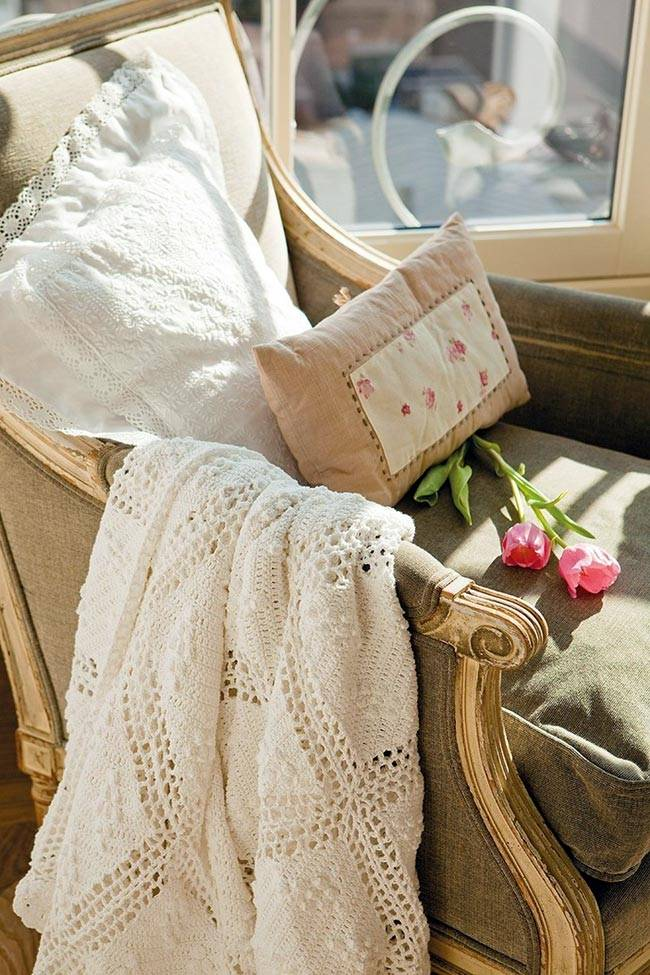 Летняя нежность в интерьере от Ariadna Mateu