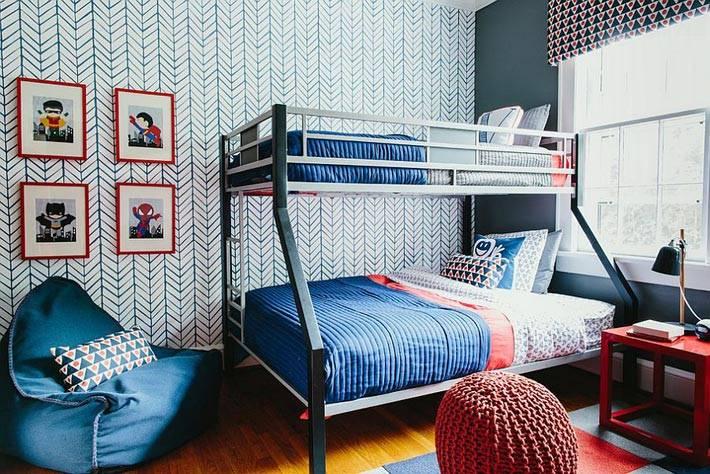 интерьер детской комнаты с акцентной стеной