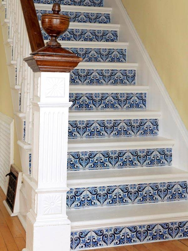 орнамент на лестнице
