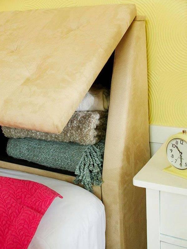 комнактное хранение в изголовьи кровати фото