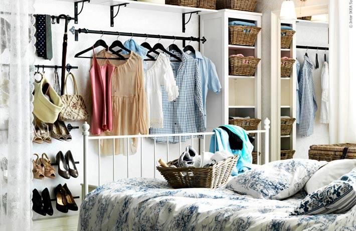 несколько идей как хранить вещи в спальне фото