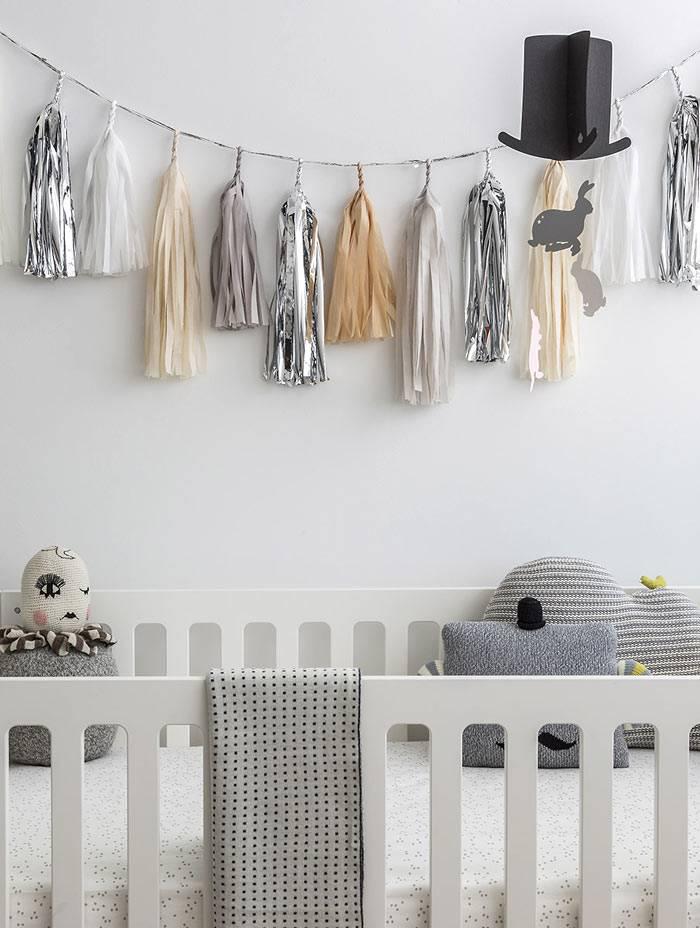 серая детская комната фото