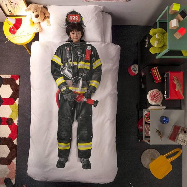 постельное белье с пожарником Snurk