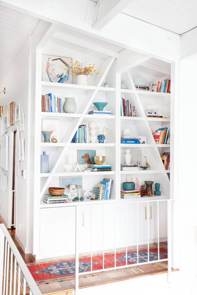белый шкаф в дизайне интерьера фото