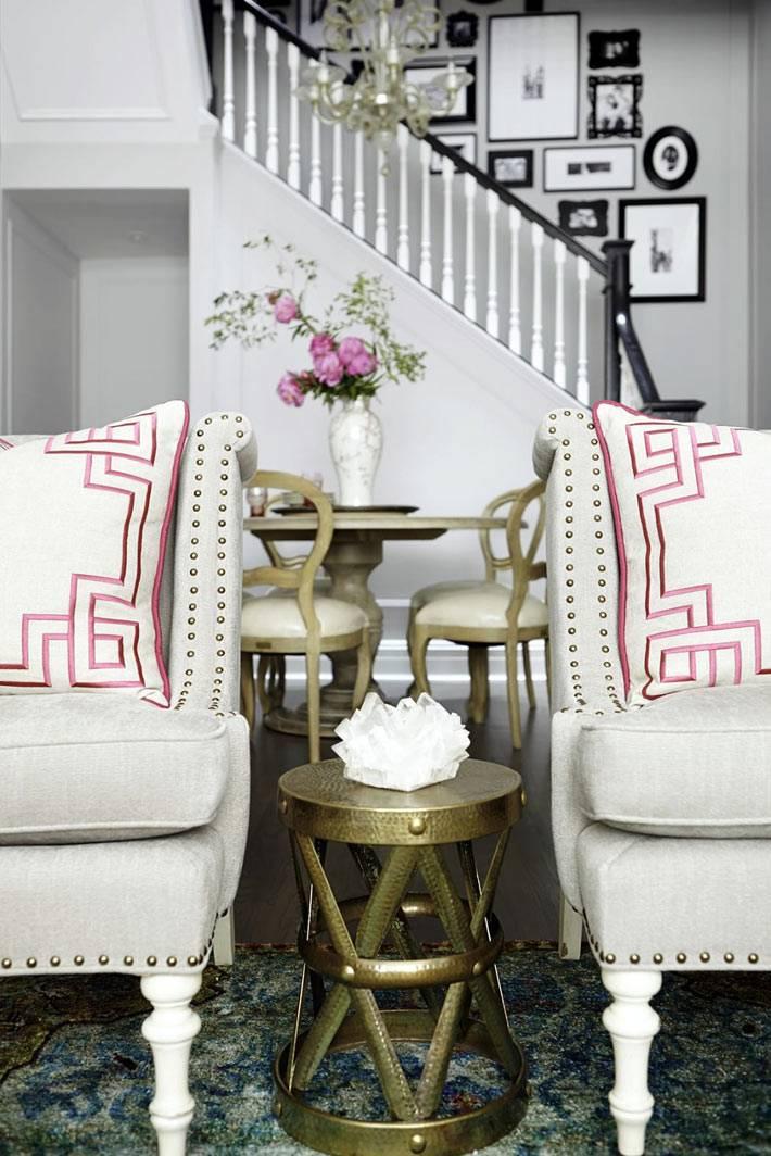 элегантная мебель в дизайне интерьера