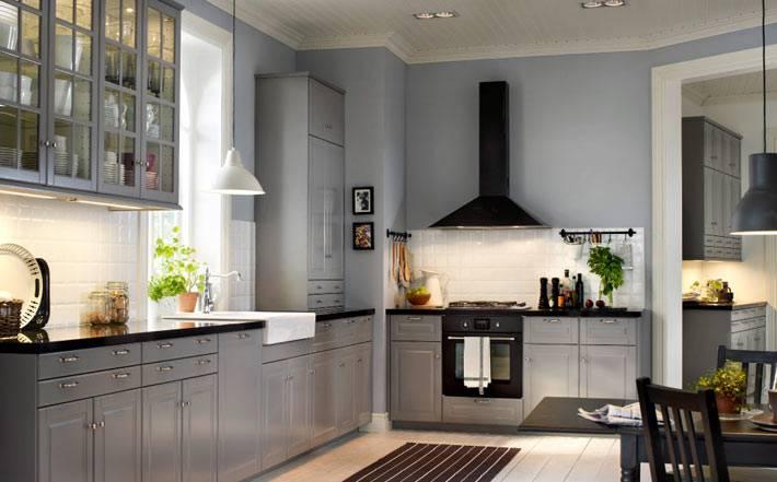 серый цвет стен на кухне фото