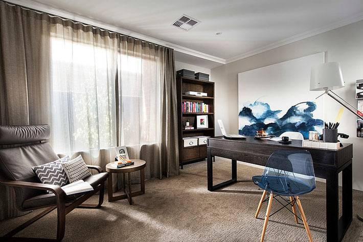 коричневый цвет в домашнем кабинете фото