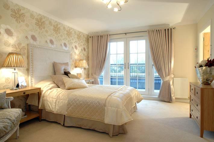 красивый бежевый цвет интерьера спальни фото
