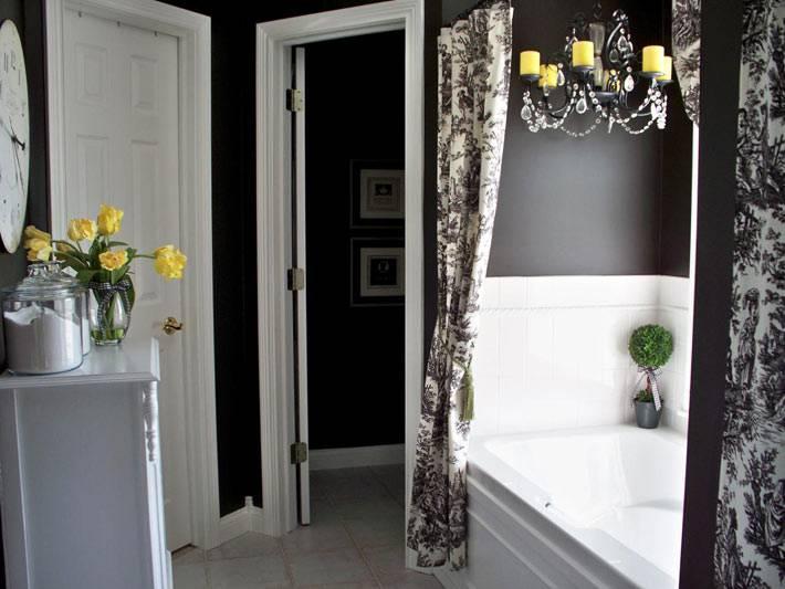 красивый интерьер ванной комнаты в черном цвете
