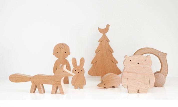 деревянные игрушки для детских комнат фото