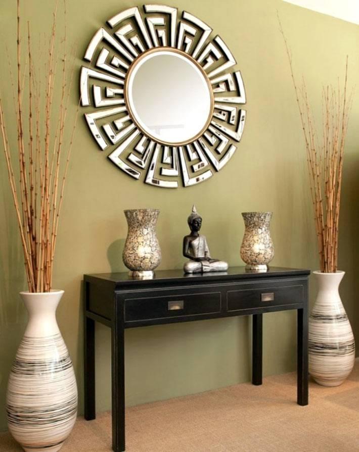 декоративные вазы на полу для красоты интерьера