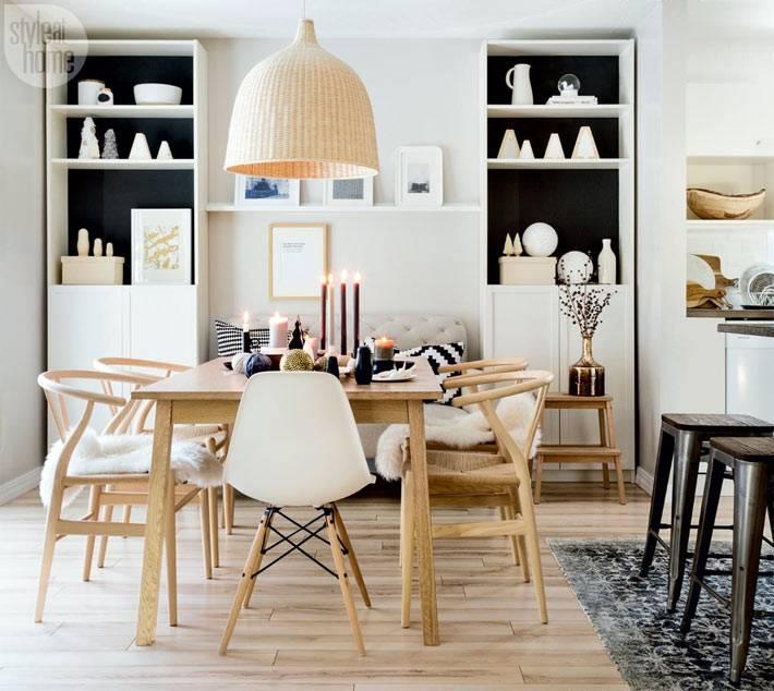 красивый дизайн интерьера столовой комнаты с деревянным столом