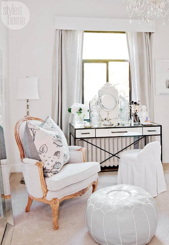 белый цвет в дизайне интерьера квартиры фото