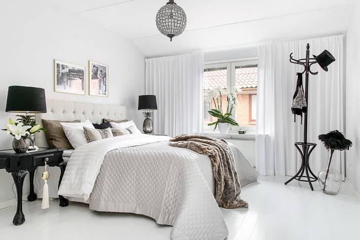 красивая белоснежная спальня в скандинавском стиле
