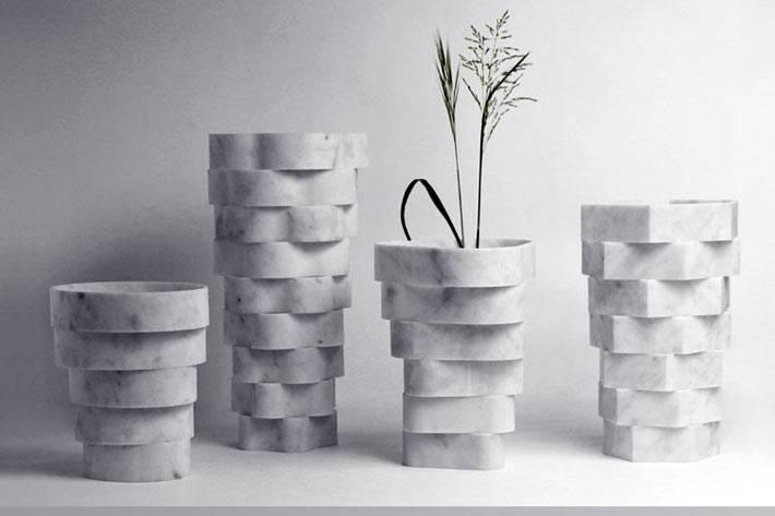мраморные декоративные вазы в интерьере