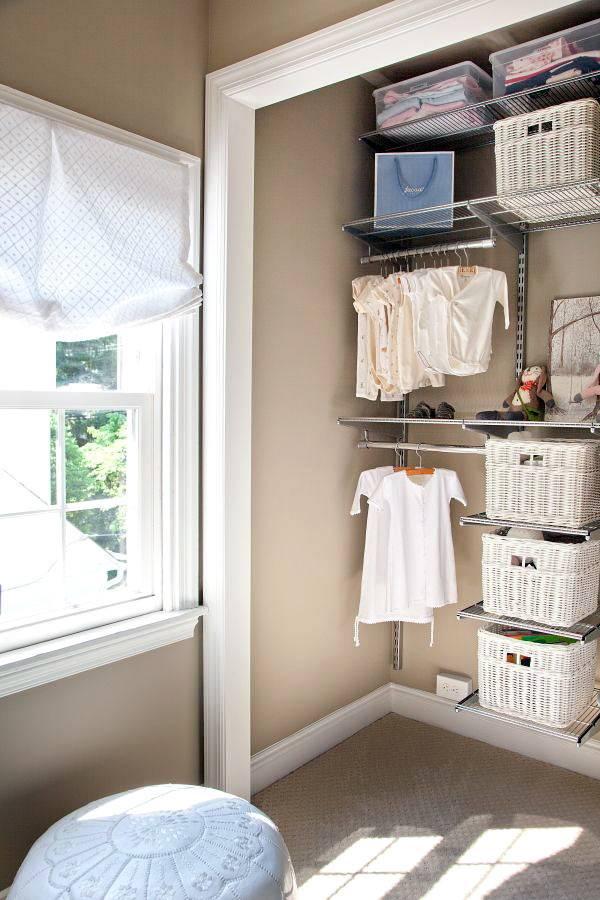 ниша для хранения одежды в детской комнате