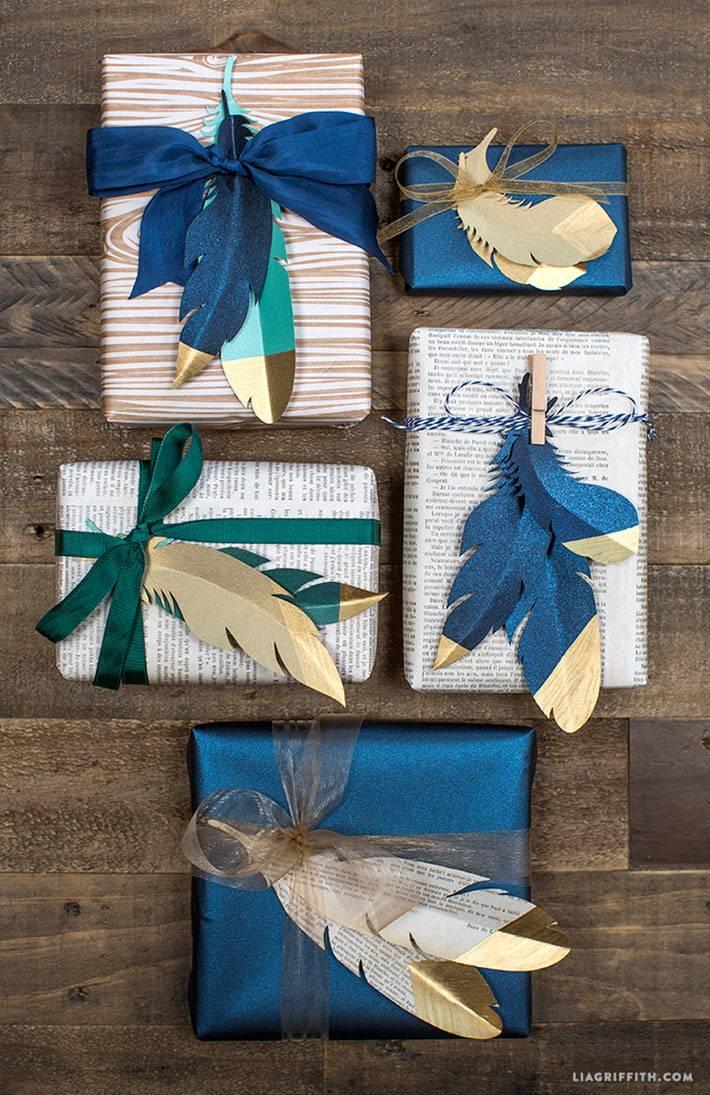 апликации из перьев для упаковки новогодних подарков