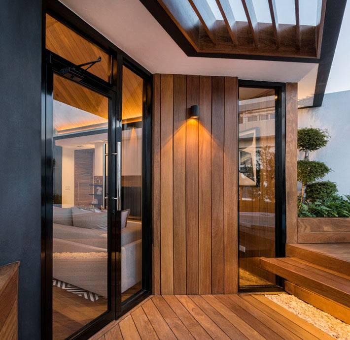 деревянная терраса из однокомнатной квартиры фото
