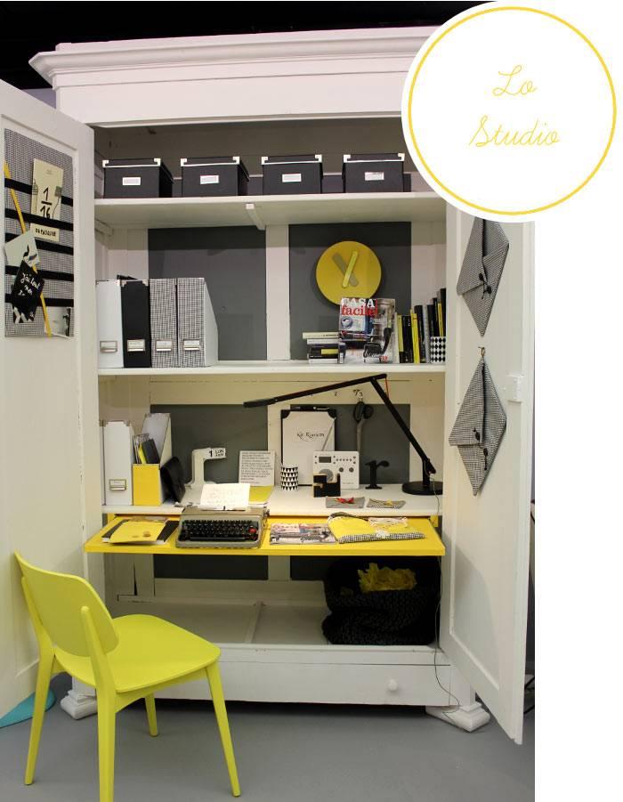 рабочий стол в компактном шкафу