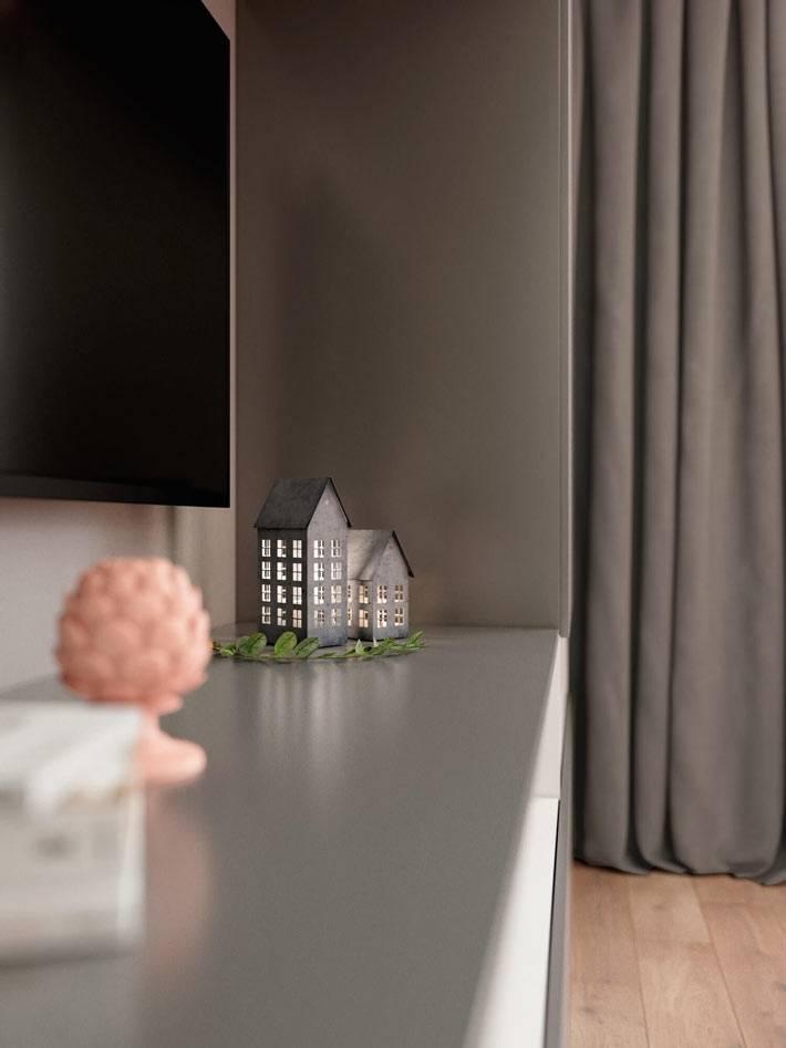 Встроенная мебель серого цвета в интерьере спальни фото