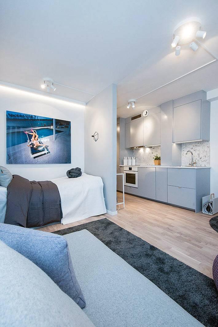 Односпальная кровать в нише однокомнатной квартиры фото
