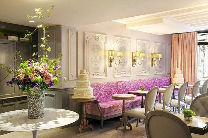 красивый отель La Maison Favart с изысканным дизайном