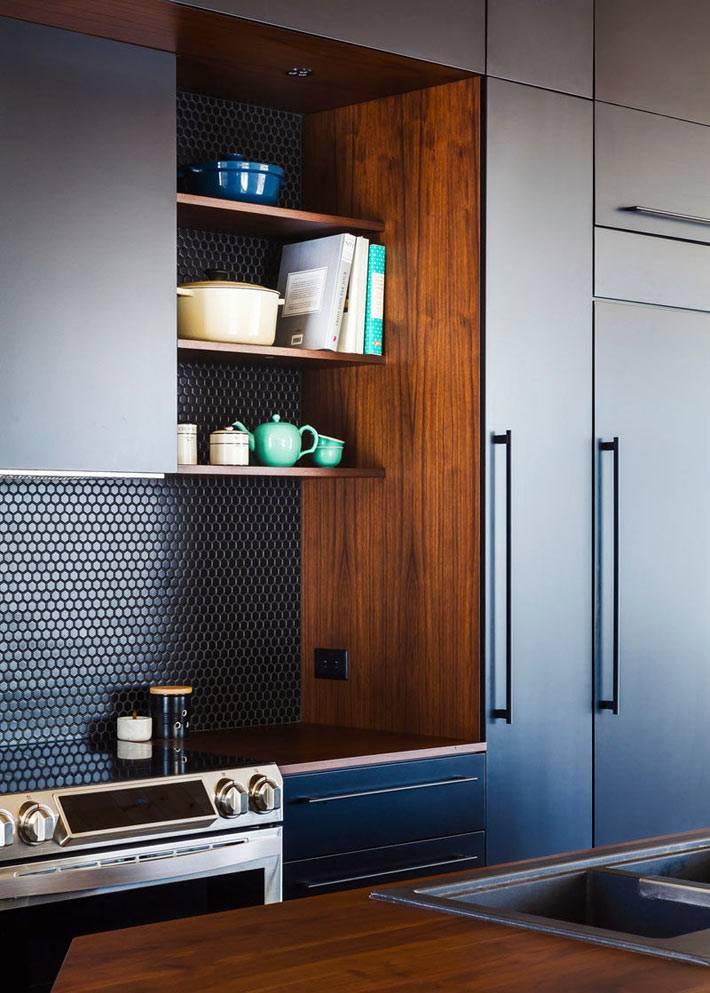 Керамическая плитка из мелкой мозаики черного цвета на кухне фото