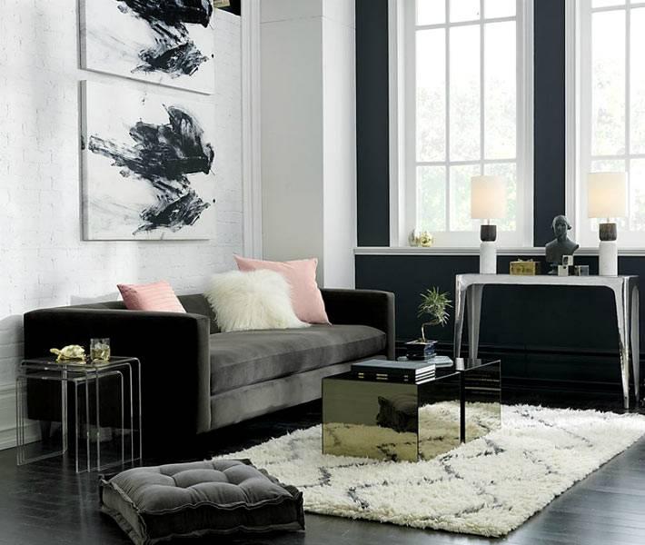 зеркальная мебель в интерьере гостиной