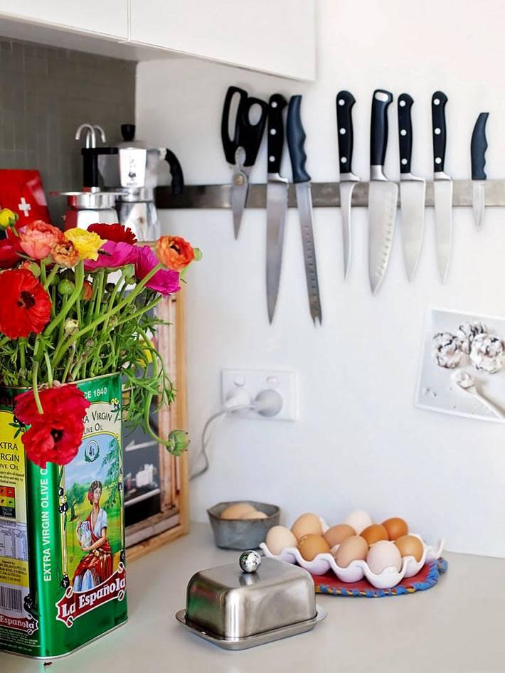 Способ хранения ножей на стене на магните фото