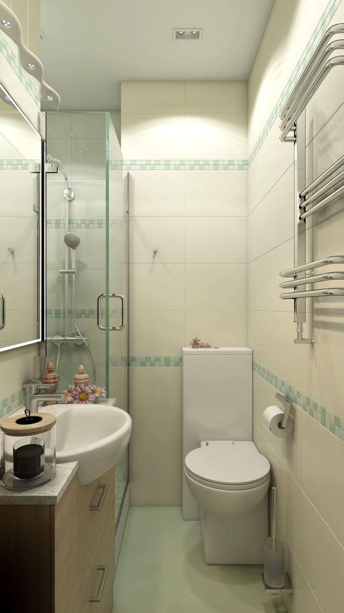 узкий интерьер ванной комнаты с душевой кабиной фото